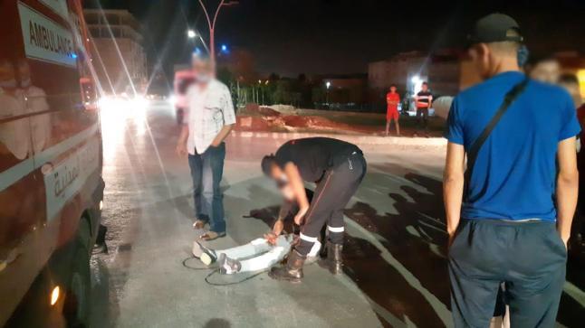 أزغنغان.. جروح متفاوتة الخطورة في حادثة سير بين سيارة ودراجة – صور